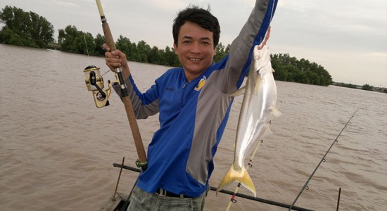 Mekong Eco Tour: Overnight Fishing in Mekong River (Code: MK1-FISHING)